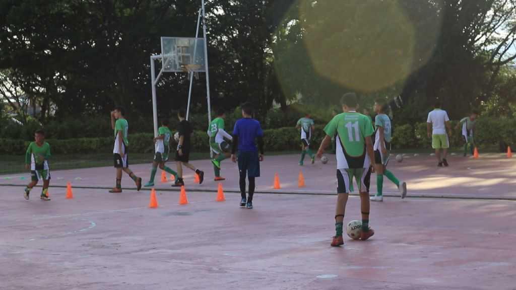 academia-deportiva-futbol-2